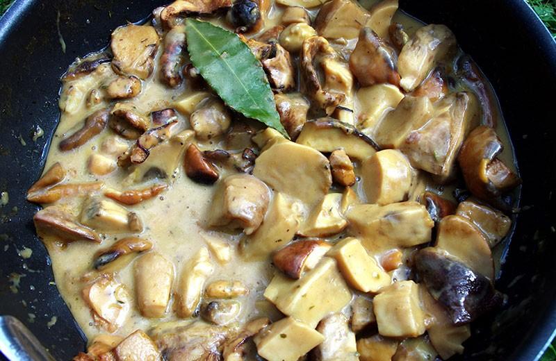 Recette fricassée de navets et champignons des bois