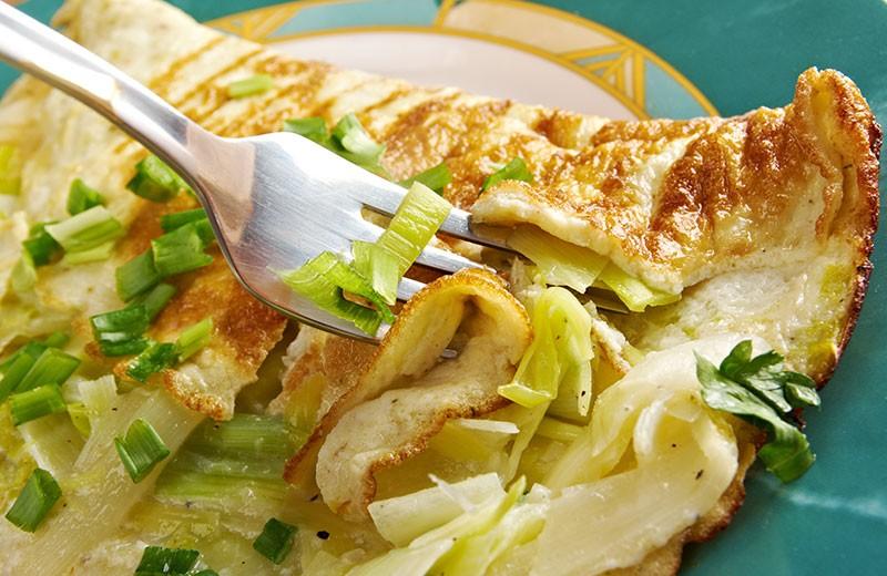 Recette omelette aux poireaux et à la mozzarella